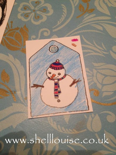 Coloured gift tags