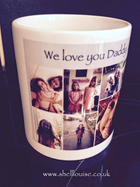 Christmas presents - We love you Daddy photo mug