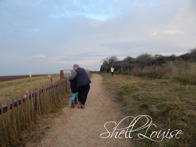 Donna Nook Nature Reserve - Anthony and Ella having a cuddle