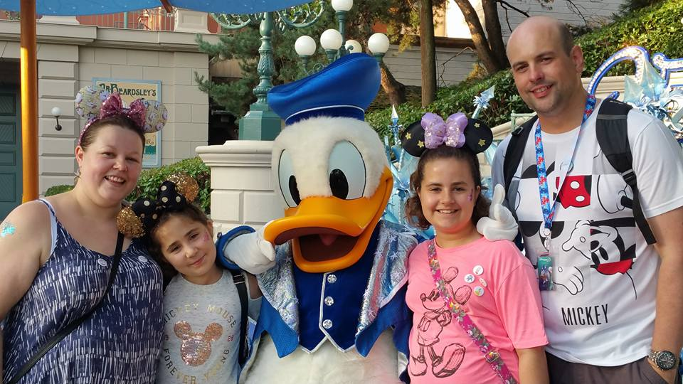 Kaycee, Ella and Donald Duck - Disneyland Paris Photos
