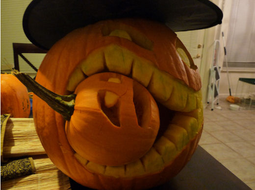 cannibalistic pumpkin carving from Chopcow.com