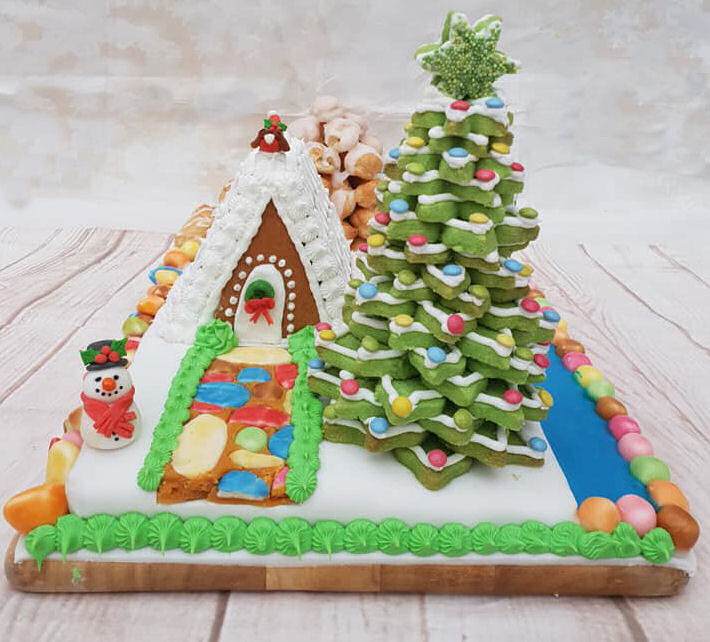 Great British Bake Off Bloggers 2018 Edible Landscape Showstopper