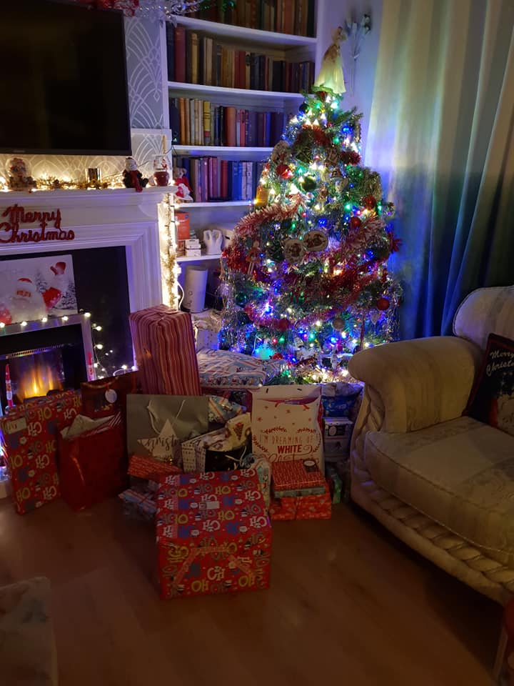 Christmas day photos 2018 - gifts under and around the tree