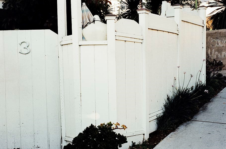 white fence - Oklahoma City fence company