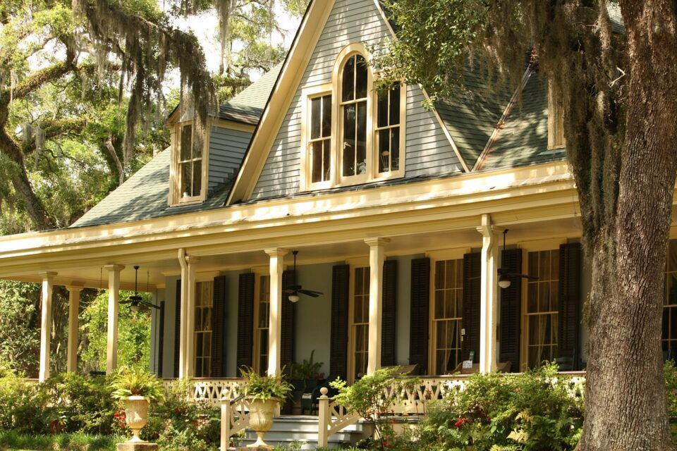 house with porch - my dream home